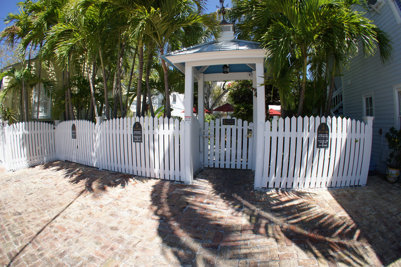 Key West Inn Duval Gardens Tropical Bed And Breakfast